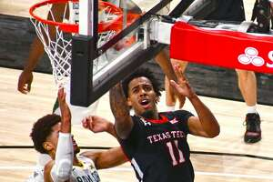 Kyler Edwards announced on Wednesday that he will continue his college basketball career at Houston.