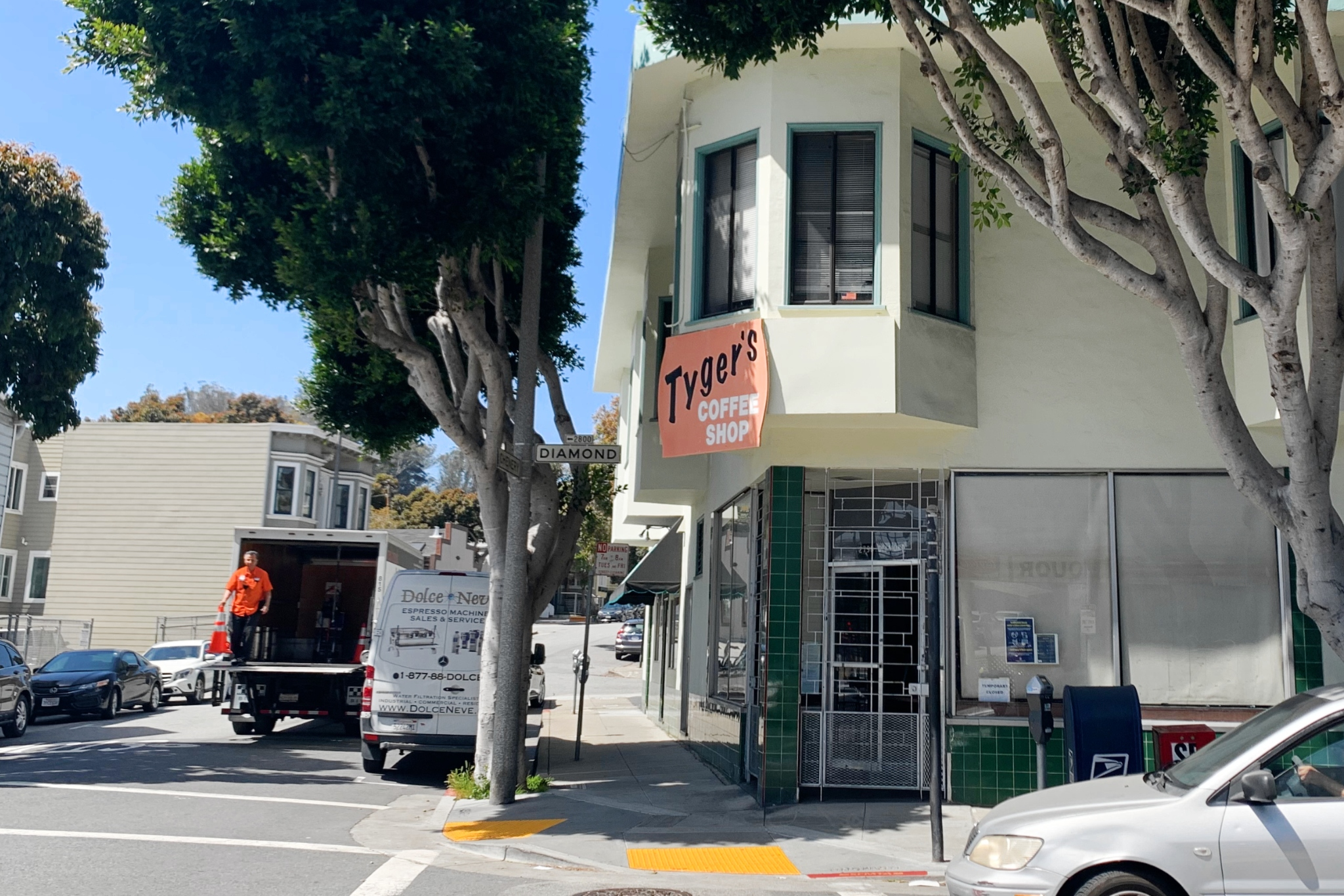 Decades-old Tyger's Coffee Shop quietly closes in San Francisco