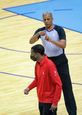 Houston Rockets head coach Stephen Silas draws a technical foul from referee CJ Washington (12) during the first quarter of an NBA game between the Houston Rockets and Indiana Pacers on Wednesday, April 14, 2021, at Toyota Center in Houston. Photo: Mark Mulligan, Staff Photographer / © 2021 Mark Mulligan / Houston Chronicle
