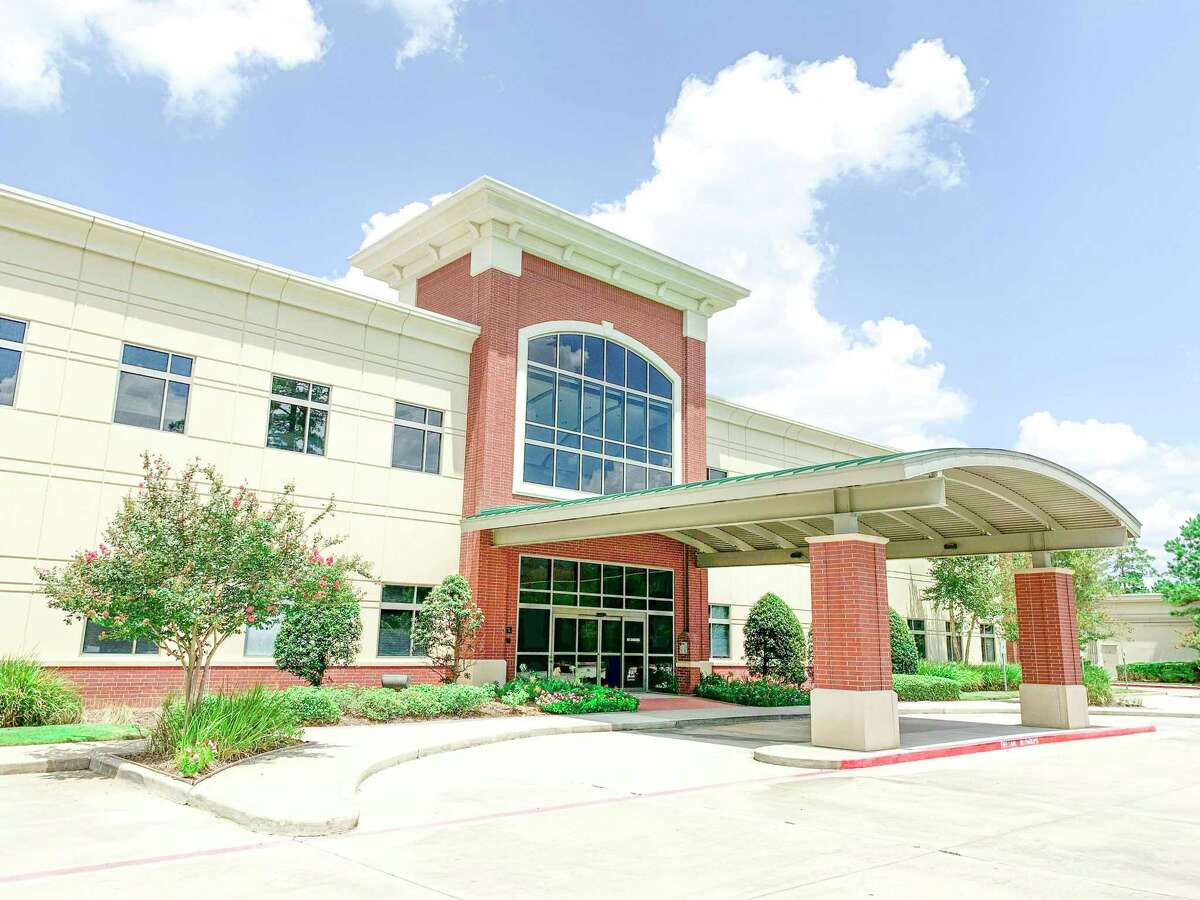 Woodlands Internists leased medical office space at 4185 Technology Forest, The Woodlands.