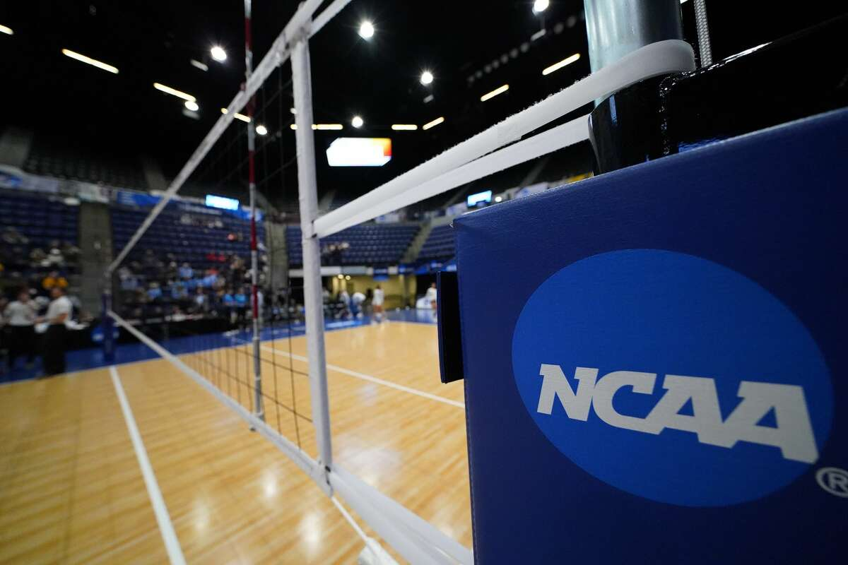 CEDAR RAPIDS, IA - NOVEMBER 23: The Johns Hopkins Blue Jays take on the Emory Eagles during the Division III Women's Volleyball Championship held at the U.S. Cellular Center on November 23, 2019, in Cedar Rapids, Iowa. Johns Hopkins defeated Emory 3-0 to win the national title. (Photo by Jack Dempsey/NCAA Photos via Getty Images)