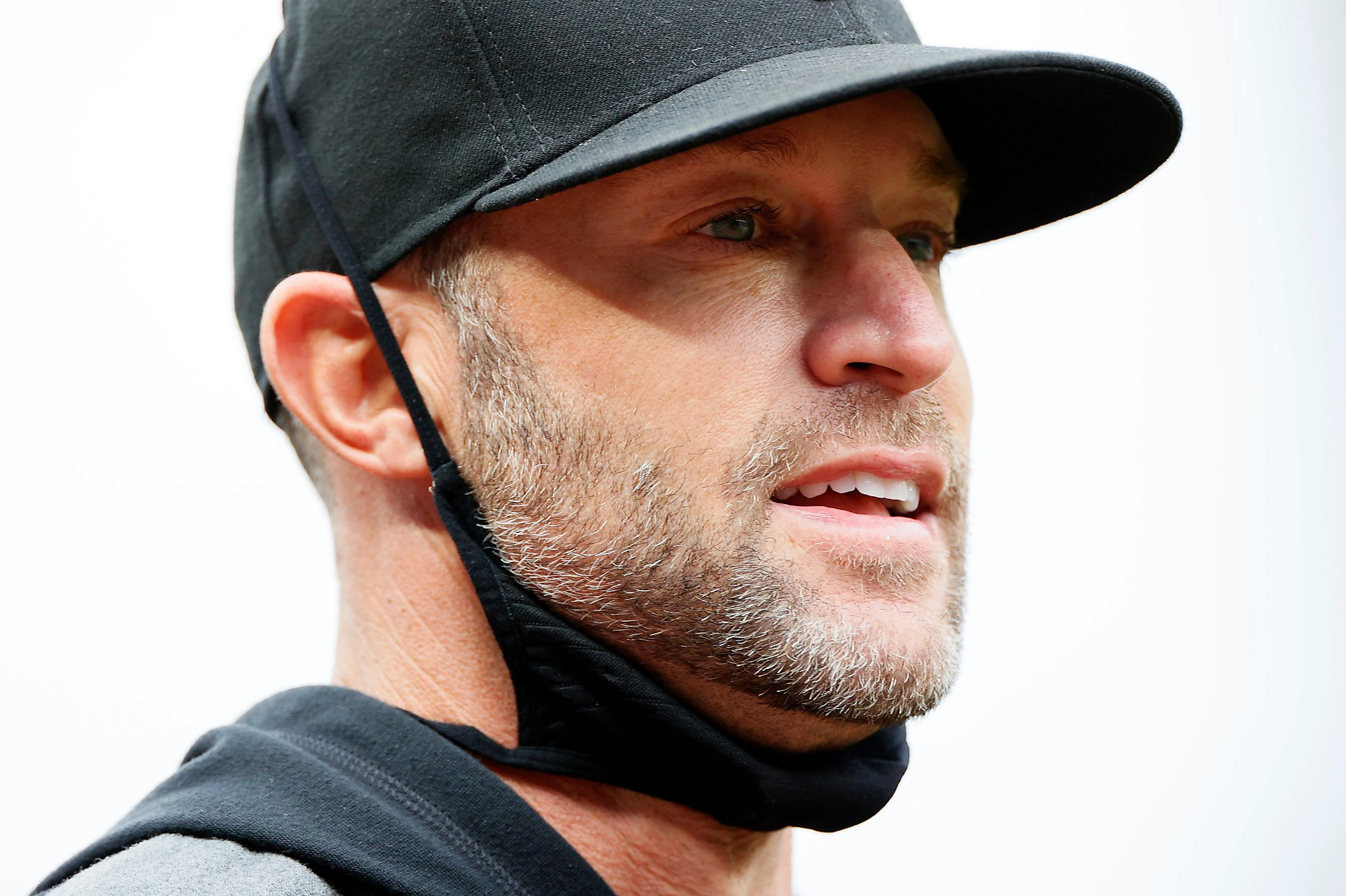 Gabe Kapler shares lessons learned in Philly as sizzling Giants head east