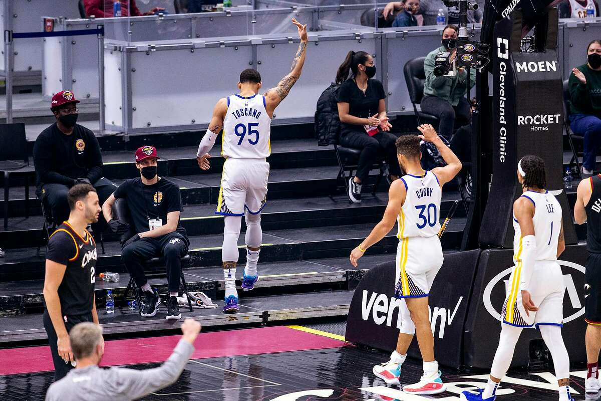 Juan Toscano-Anderson (95) of the Warriors celebrates after a basket during the first quarter against the Golden State Warriors