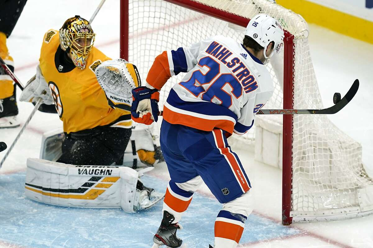 The Islanders' Oliver Wahlstrom fails to score against the Bruins' Tuukka Rask in Boston's win.