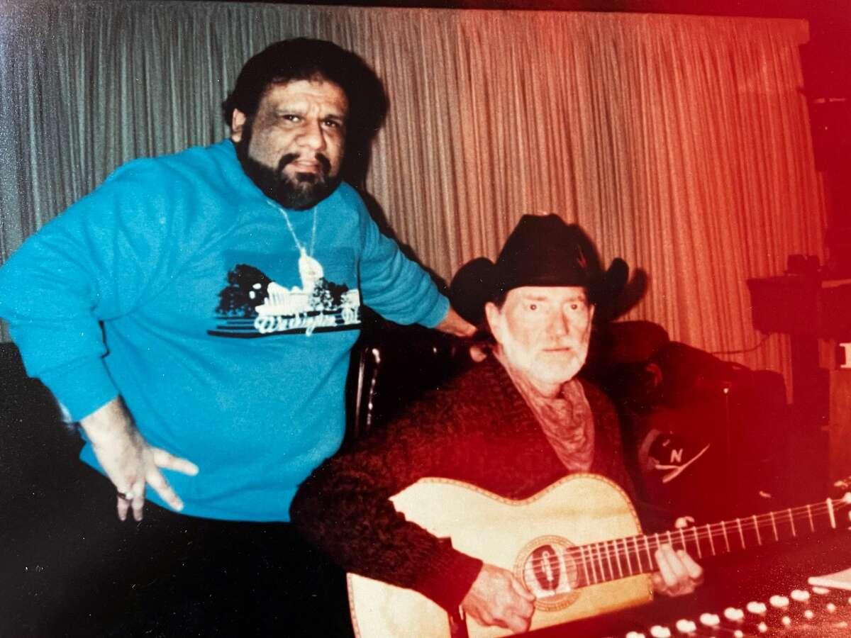 Bob Gallarza and Willie Nelson.