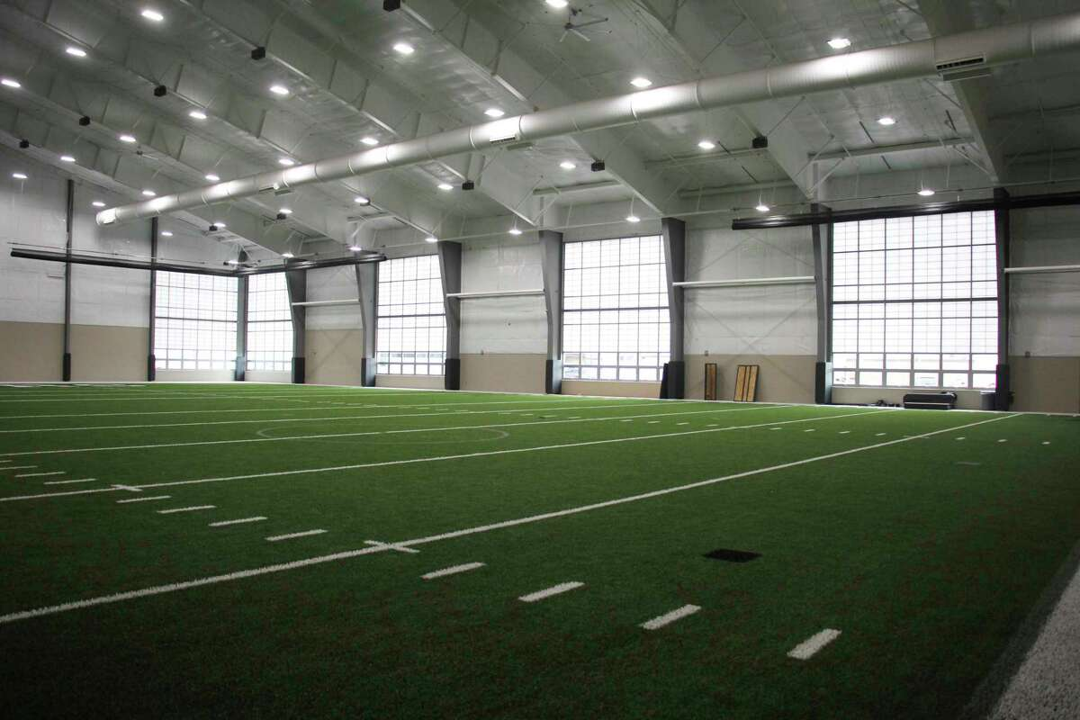 Laker Schools will kick off a 'soft opening' of its new Legacy Center fitness and training facility starting Monday. (mark Birdsall/Huron Daily Tribune)