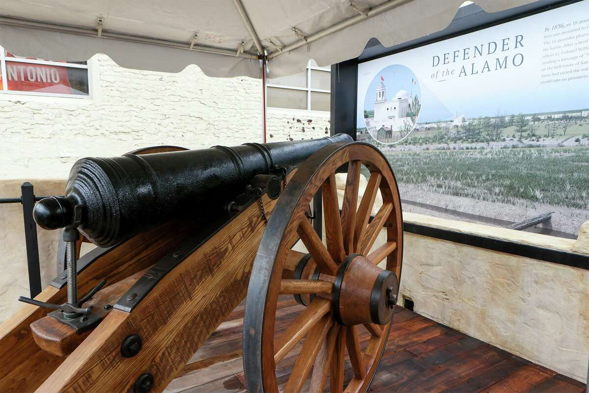 A replica 18-Pound cannon on exhibit as state and local officials gathered for the unveiling of a new outdoor