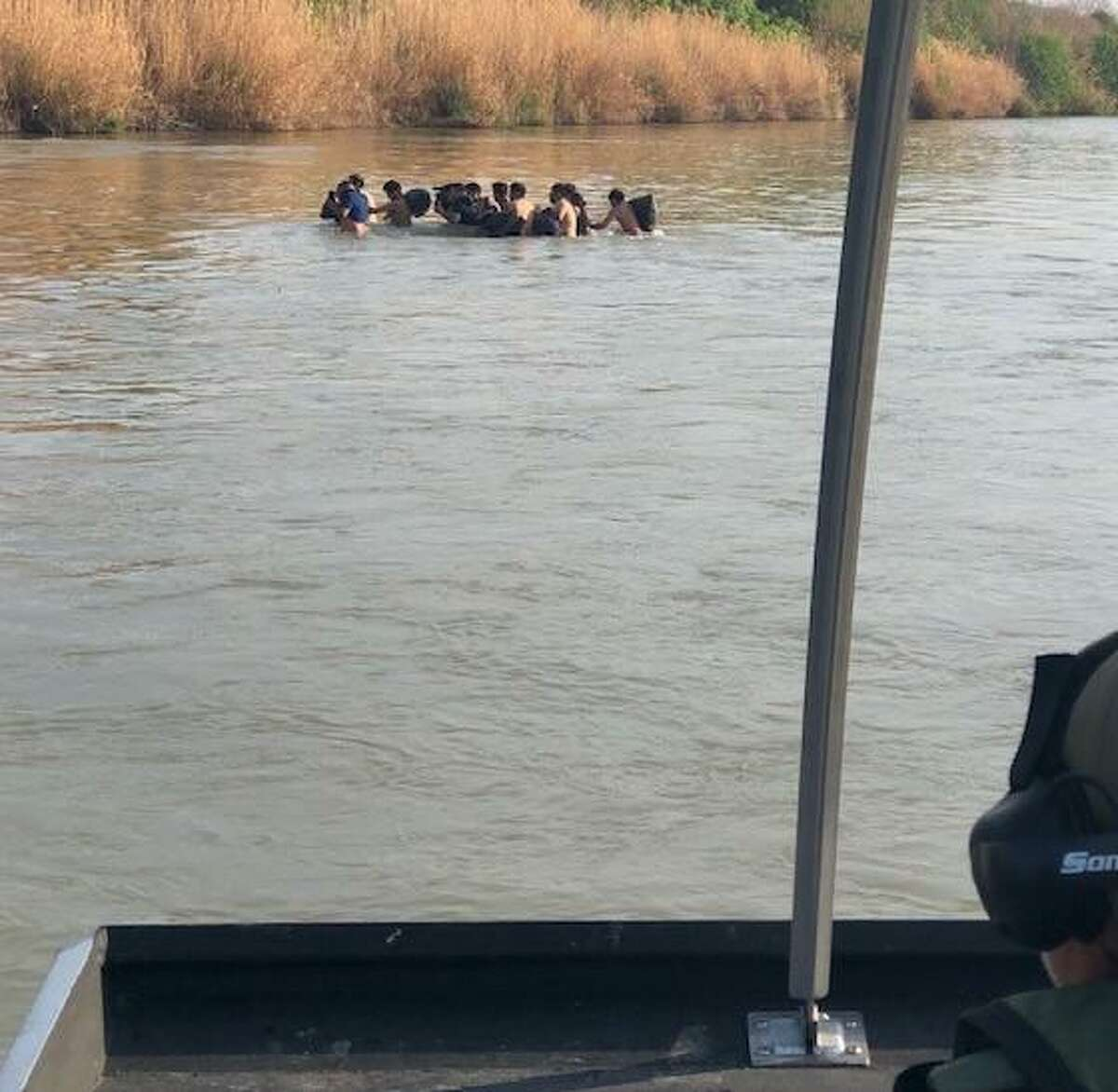 U.S. Border Patrol agents assigned to the marine unit foiled the illegal crossing of 29 individuals at the Rio Grande.