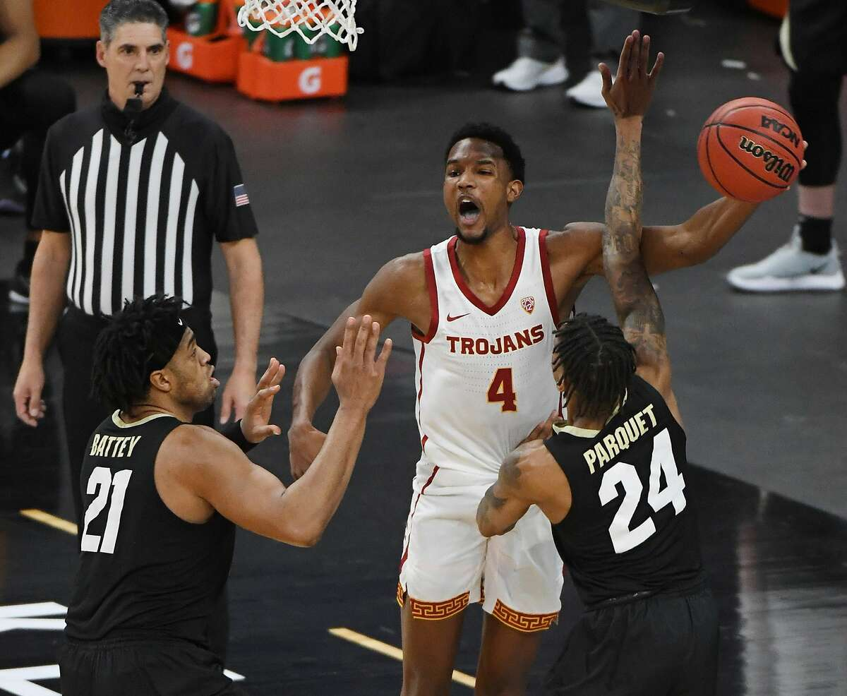 USC's Evan Mobley (4) has declared for the NBA draft after his stellar freshman season.