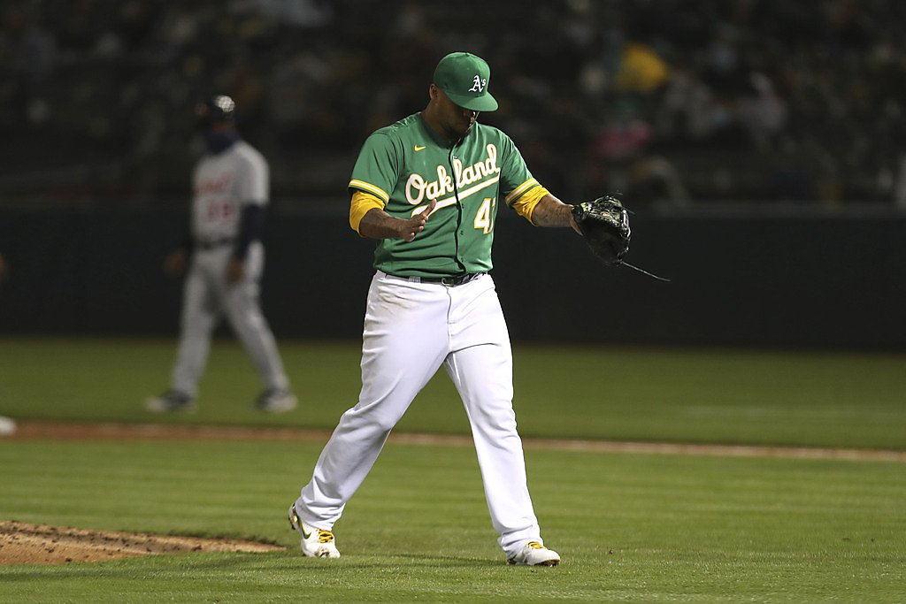 Frankie Montas shines as A's win sixth in a row