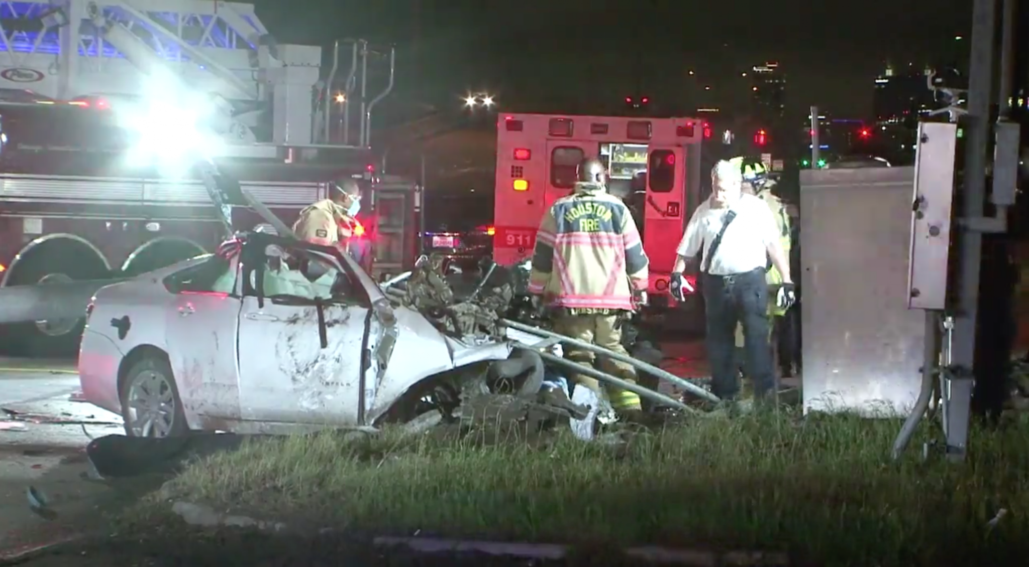 2 in critical condition after car splits in half in crash in front of Houston fire station