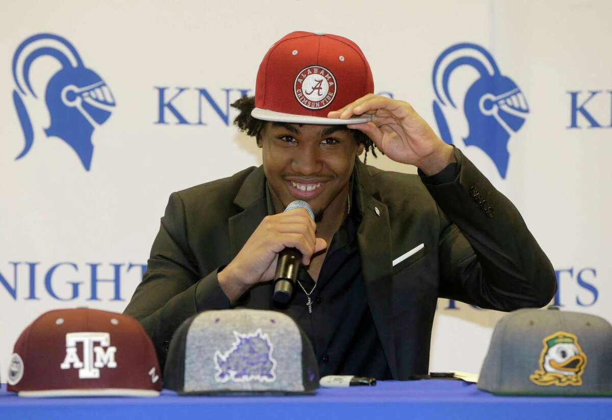 Jaylen Waddle announced he was signing with Alabama over Texas A&M on National Signing Day at Episcopal High School on Feb. 7, 2018.