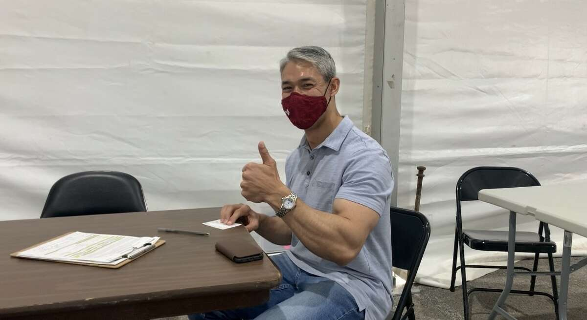 San Antonio Mayor Ron Nirenberg received his first dose of the Pfizer COVID-19 vaccine at the Alamodome distribution site on April 17, 2020.