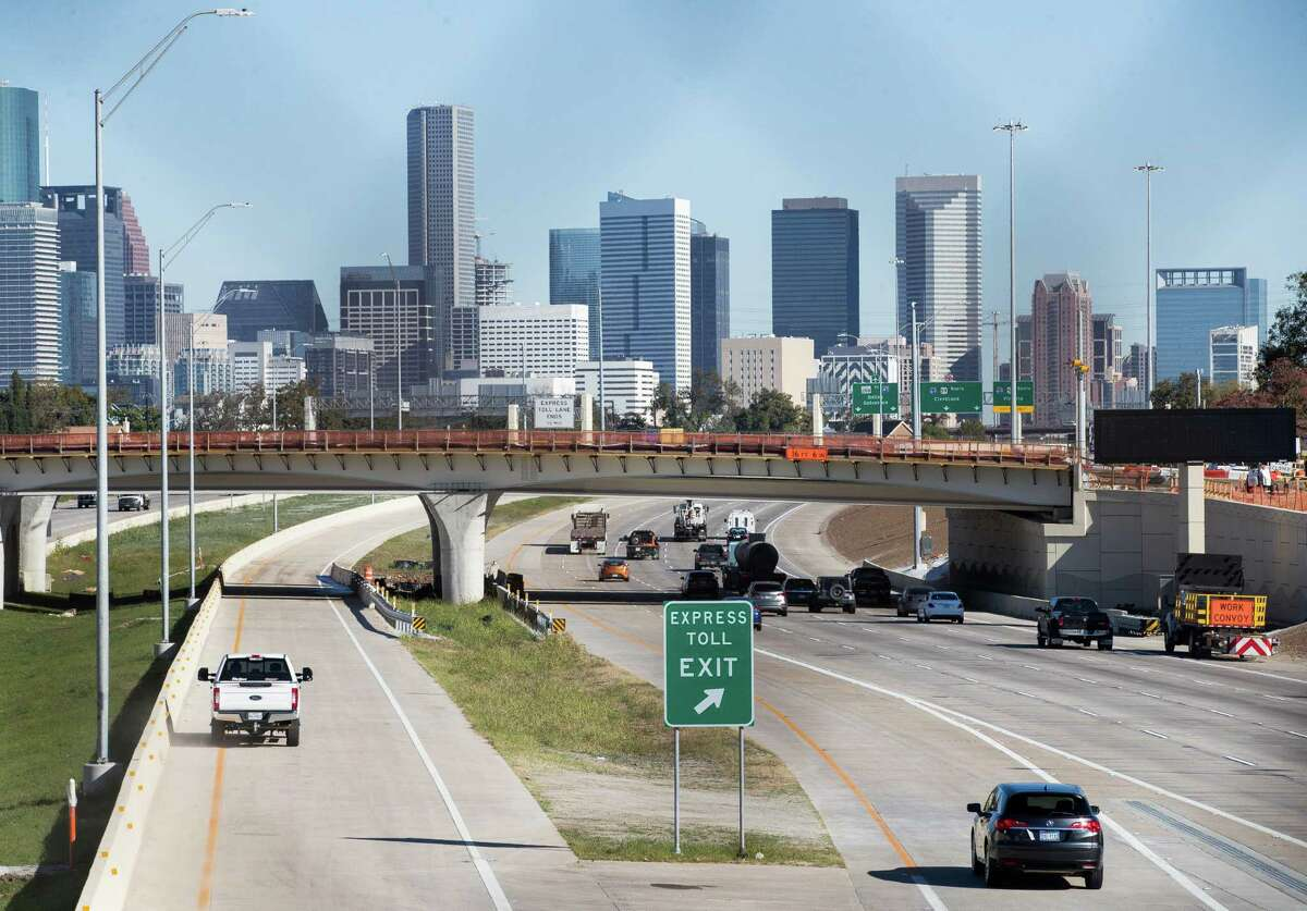 Motorists travel on the 288 Express Toll Lanes Monday, Nov. 16, 2020, in Houston. Pavement damage on the highway's general-purpose lanes south of Holmes Road, prompted a closure from Loop 610 to Bellfort.