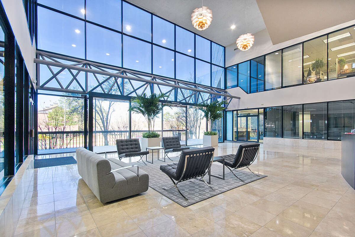 Hartman Income REIT Management unveiled the Bizsuites brand to offer individual offices for small businesses in suburban areas of Houston, Dallas-Fort Worth and San Antonio.