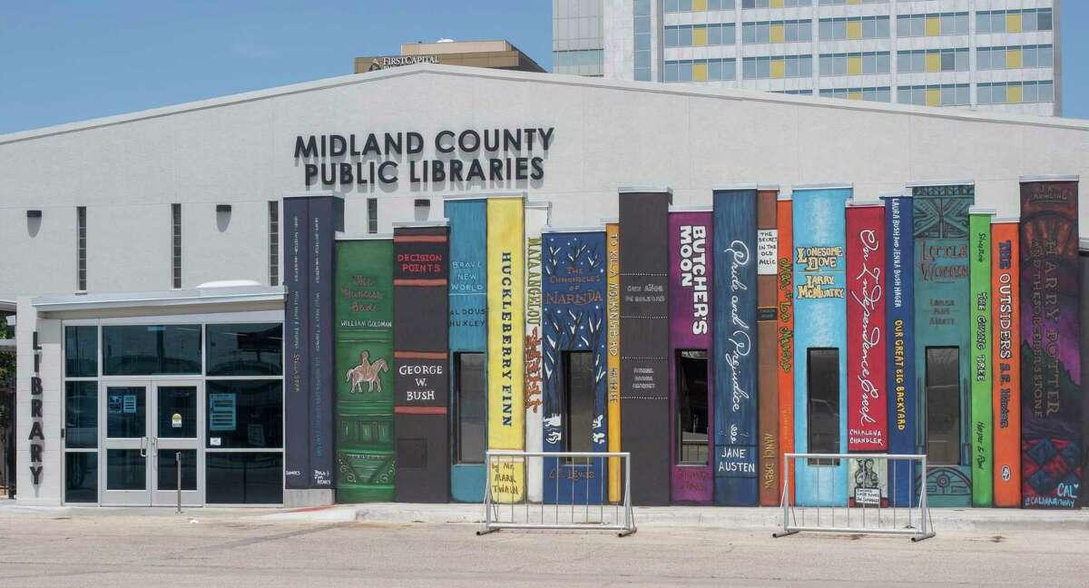 The Midland County Public Library downtown branch seen 04/19/2021. Tim Fischer/Reporter-Telegram