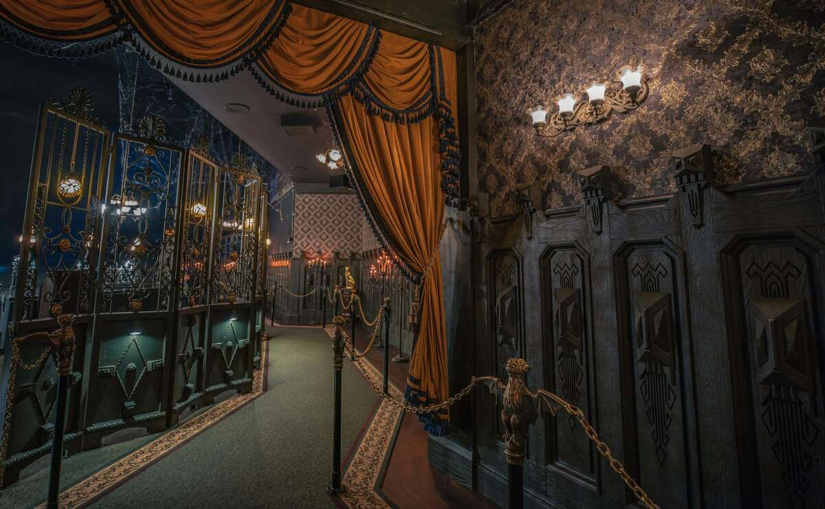The Haunted Mansion in Disneyland Park has been updated with a few elements in and around the estate. Inside, a keen eye will notice a few dastardly design embellishments along the portrait hallway.