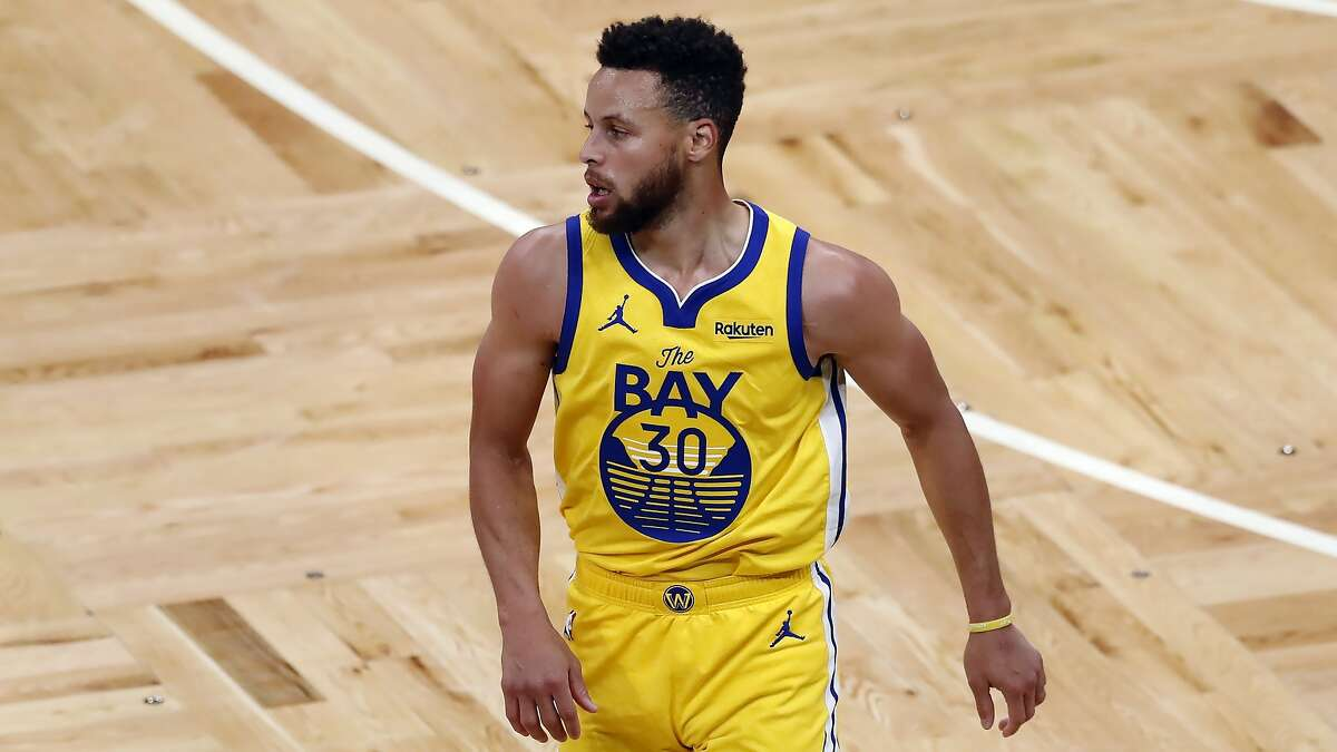 Golden State Warriors' Stephen Curry plays against the Boston Celtics during the second half of an NBA basketball game, Saturday, April 17, 2021, in Boston. (AP Photo/Michael Dwyer)