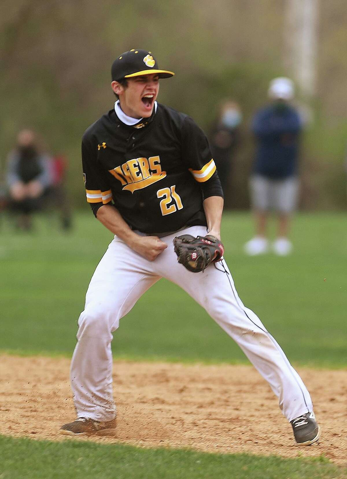 Hand shortstop Jack Pireaux reacts during Monday's game against Amity in Woodbridge.