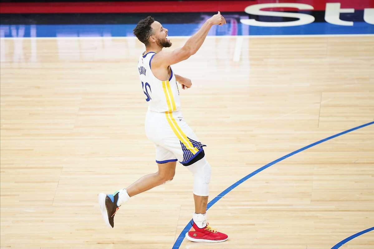Stephen Curry has scored at least 32 points in 11 consecutive games. He'll try to make it 12 as the Warriors visit Washington at 4 p.m. Wednesday (NBCSBA/95.7).