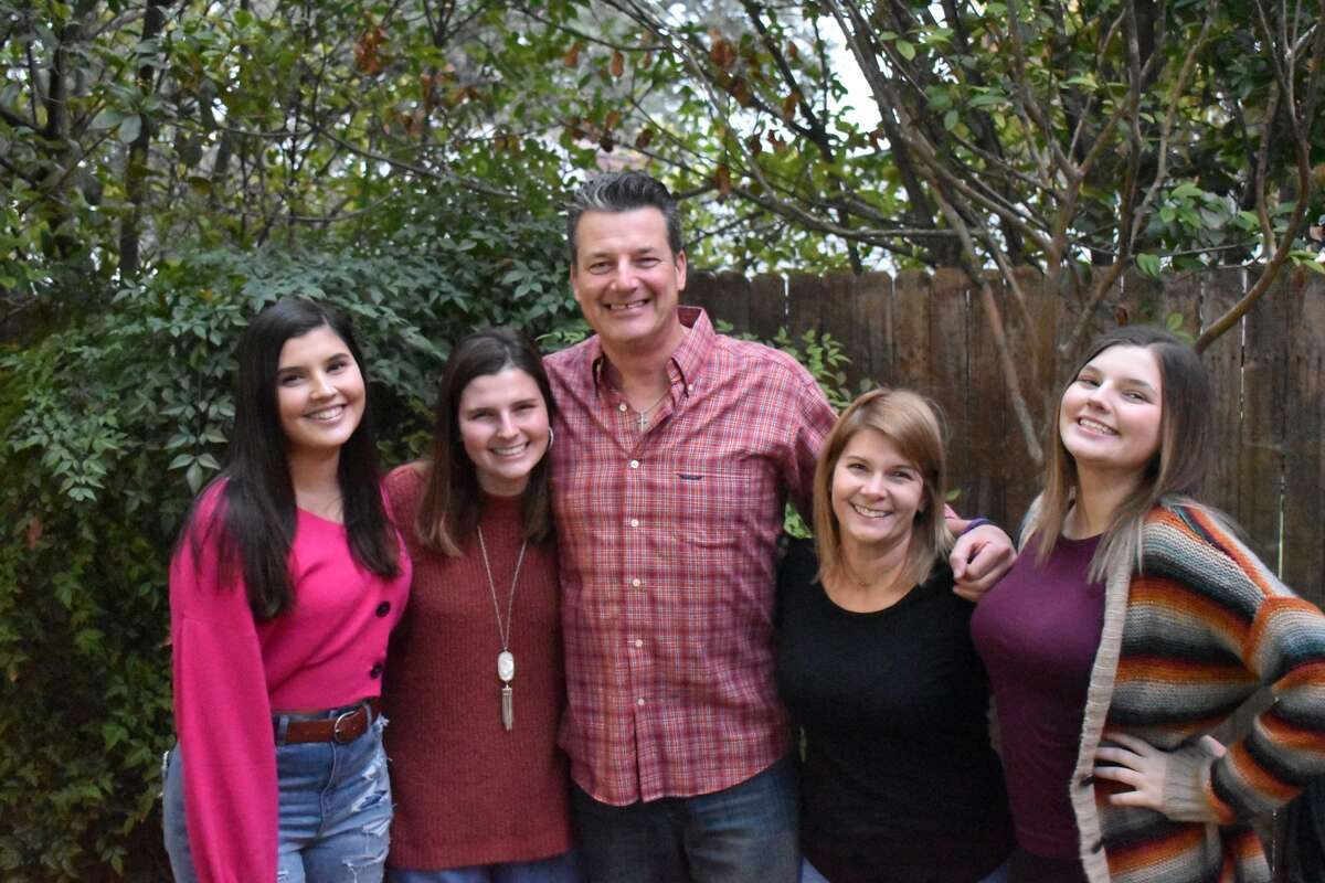 Bill Taylor with his wife Jamie and their three daughters Carissa, Kendall and Peyton.