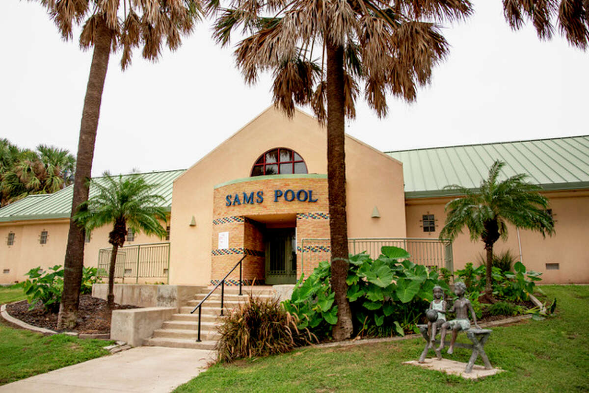 Sams Memorial Pool & Splashpad