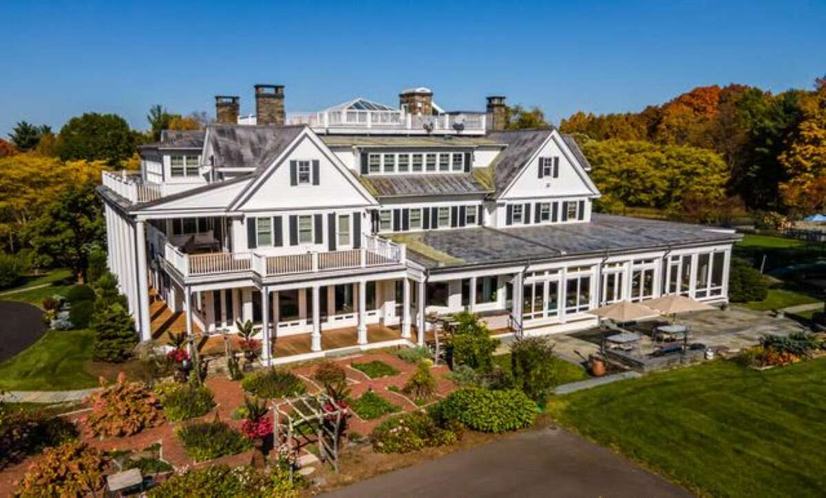 The home at 57Mt. Tom Road in Simsbury, Conn., the former estate of television producers Thomas Miller and Robert Boyett.