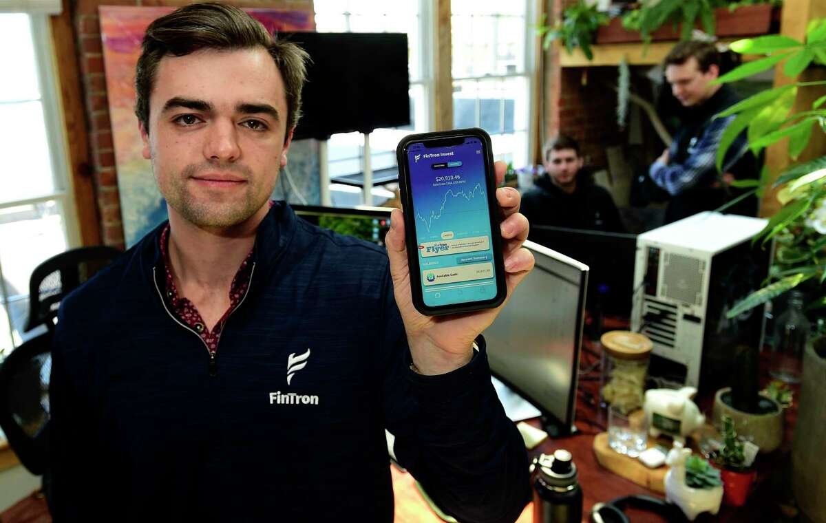 Sacred Heart grads including Matthew Fatse, Wilder Rumpf and Adam Pulcyn launch a comprehensive finance app Fintron. Fintron claims to be the youngest broker dealer in the country.