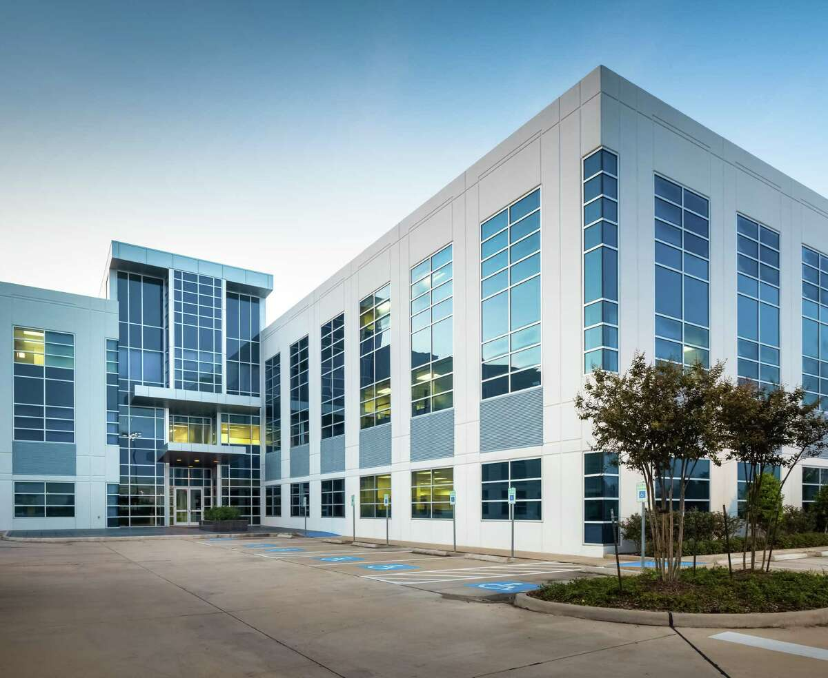NewRez, a national mortgage lending and servicing organization, has leased the top floor of 17000 Katy Freeway.