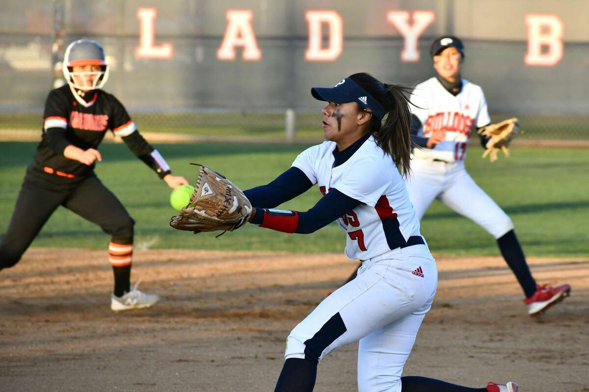 Maddy Martinez comes up with a catch on a popup.