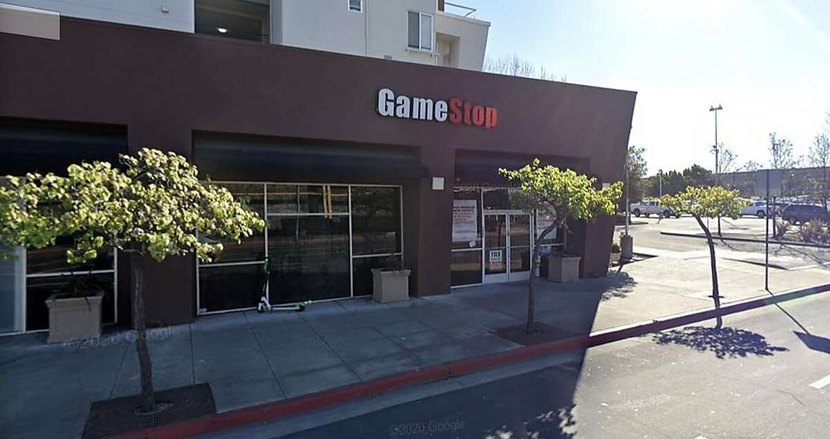 A GameStop store in Emeryville at at 3980 Hollis Street was the target of a band of thieves Thursday night.