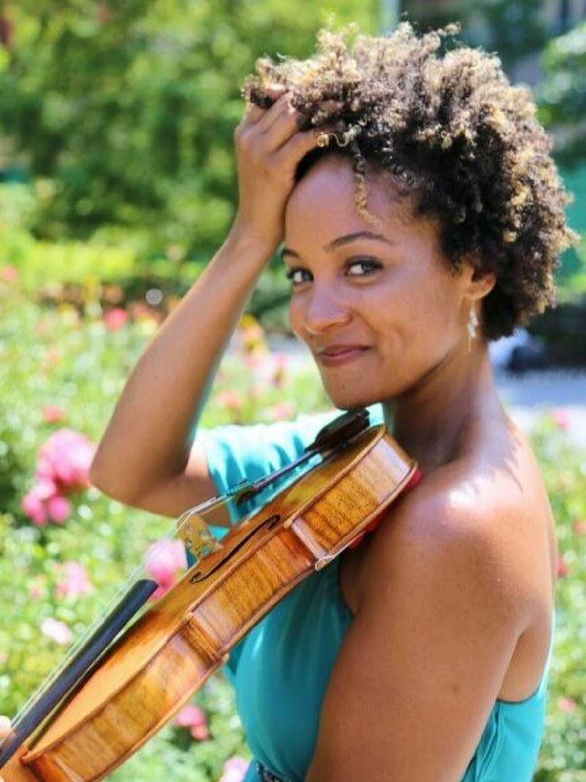 Violinist Melissa White