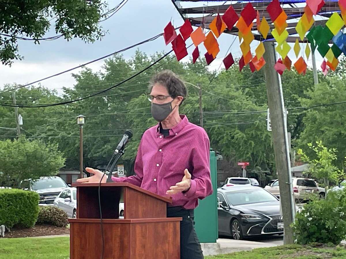 Bellaire resident Paul Robertson delivers a few remarks during a ribbon cutting ceremony for his art piece Oasis Art Tree on the afternoon of April 22. The piece is now on public display at Loftin Park right next to Bellaire City Hall.