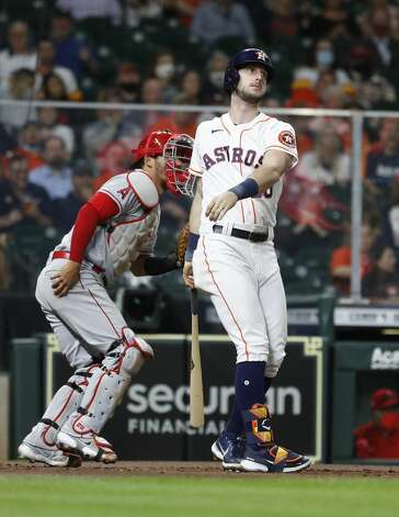 Houston Astros Kyle Tucker (30) strikes out with the bases loaded to end the first inning of an MLB baseball game at Minute Maid Park, Thursday, April 22, 2021, in Houston. Photo: Karen Warren/Staff Photographer / @2021 Houston Chronicle