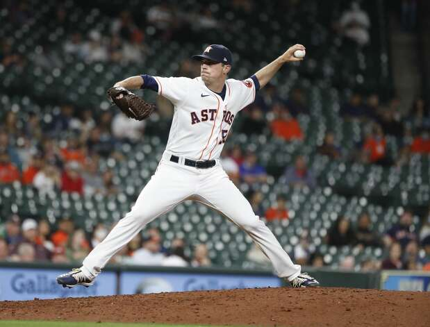 Houston Astros relief pitcher Brooks Raley (58) pitches during the seventh inning of an MLB baseball game at Minute Maid Park, Thursday, April 22, 2021, in Houston. Photo: Karen Warren/Staff Photographer / @2021 Houston Chronicle