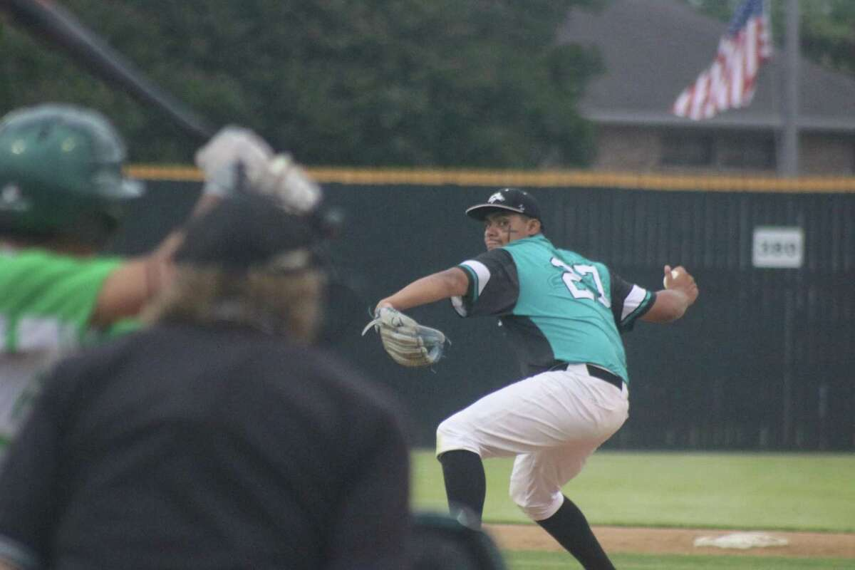 Memorial pitcher Eric Rodriguez works on a Pasadena batter during Thursday's 22-6A game at Maguire Field. Rodriguez worked five innings of two-hit ball, while striking out eight.