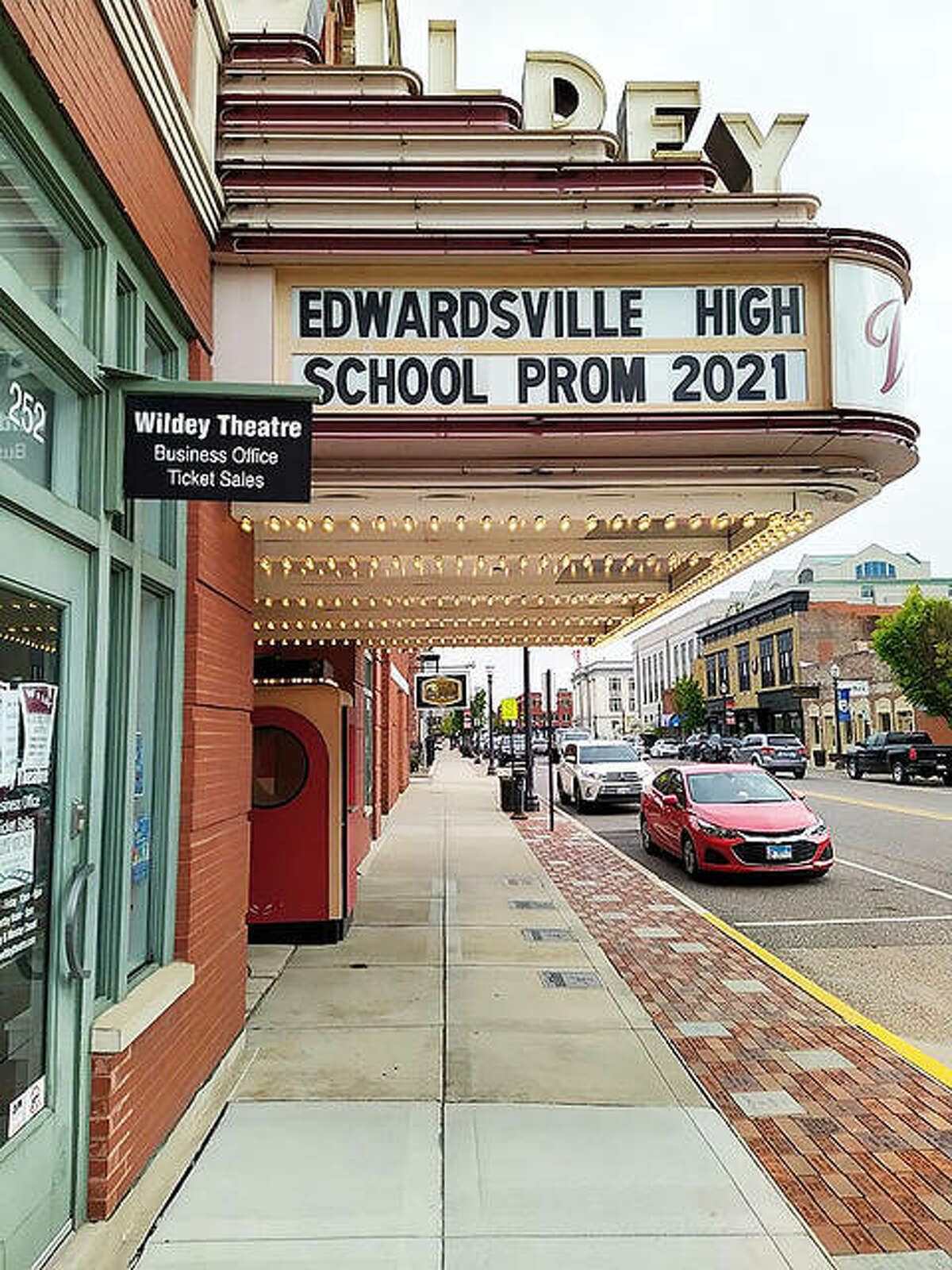 """With Edwardsville High School holding a """"Parking Lot Prom"""" for seniors and graduating juniors from 6 to 8:30 p.m. on Saturday, the Wildey Theatre is resuming its tradition of opening its lobby and event room from 1 to 5:30 p.m. to provide pre-prom photo opportunities for students. Masks are required to enter the building. Last year's EHS prom and the pre-prom event at the Wildey were canceled due to the COVID-19 pandemic."""