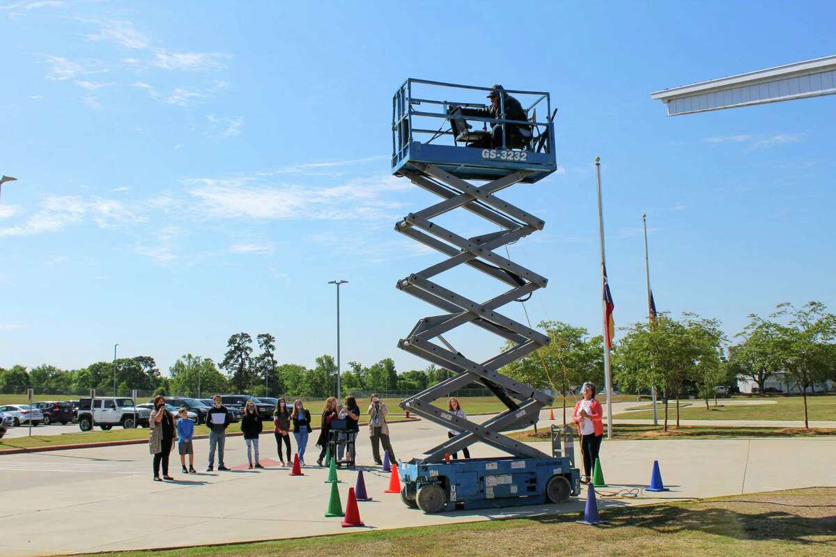 Oak Hills Junior High School Principal Tim Williams found a creative way to go above and beyond to raise funds on campus for the Montgomery Independent School District's education foundation on Thursday.