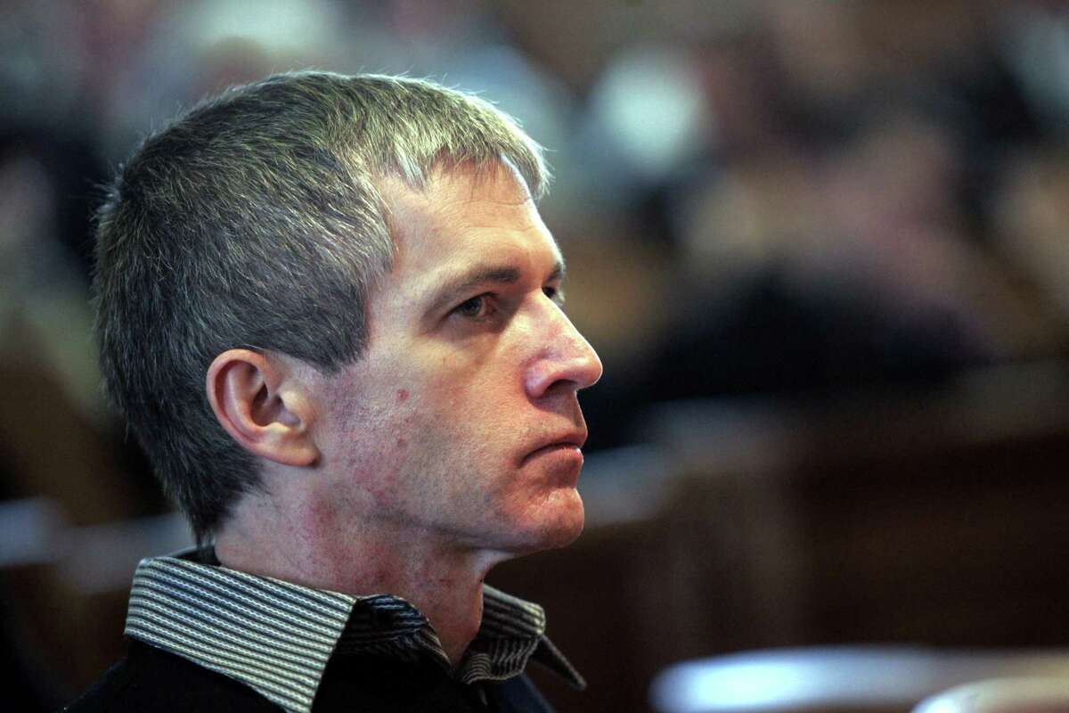 Serial killer nurse Charles Cullen, sits alone in court during his sentencing in Somerville, N.J., Thursday, March 2, 2006.