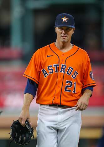 Houston Astros starting pitcher Zack Greinke (21) takes the field for the start of an MLB game against the Los Angeles Angels at Minute Maid Park on Friday, April 23, 2021, in Houston. Photo: Godofredo A Vásquez/Staff Photographer / © 2021 Houston Chronicle