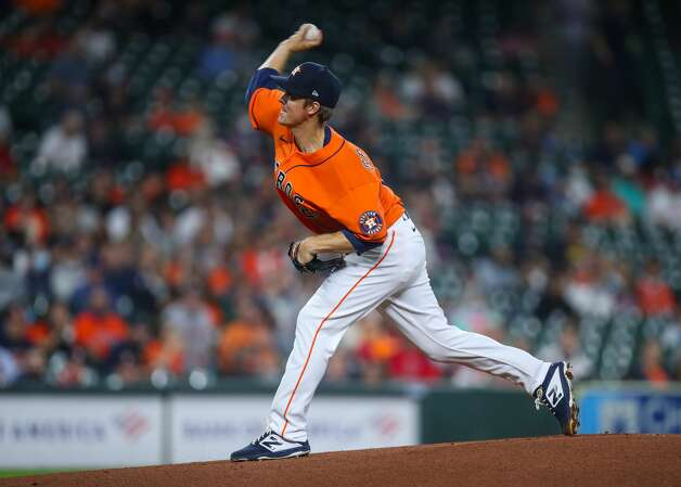 Houston Astros starting pitcher Zack Greinke (21) throws against the Los Angeles Angels during the first inning of an MLB game at Minute Maid Park on Friday, April 23, 2021, in Houston. Photo: Godofredo A Vásquez/Staff Photographer / © 2021 Houston Chronicle