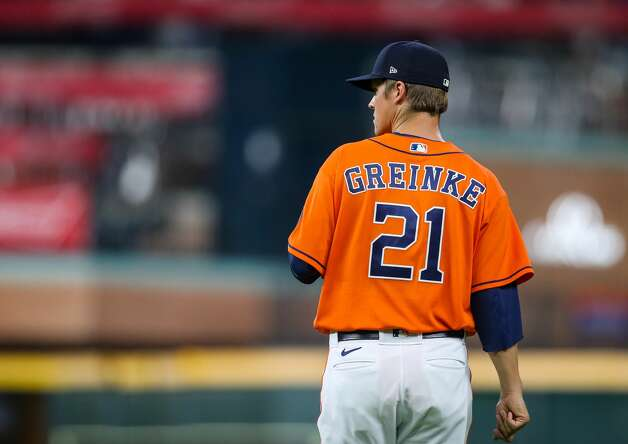 Houston Astros starting pitcher Zack Greinke (21) during warm-up before the start of an MLB game against the Los Angeles Angels at Minute Maid Park on Friday, April 23, 2021, in Houston. Photo: Godofredo A Vásquez/Staff Photographer / © 2021 Houston Chronicle