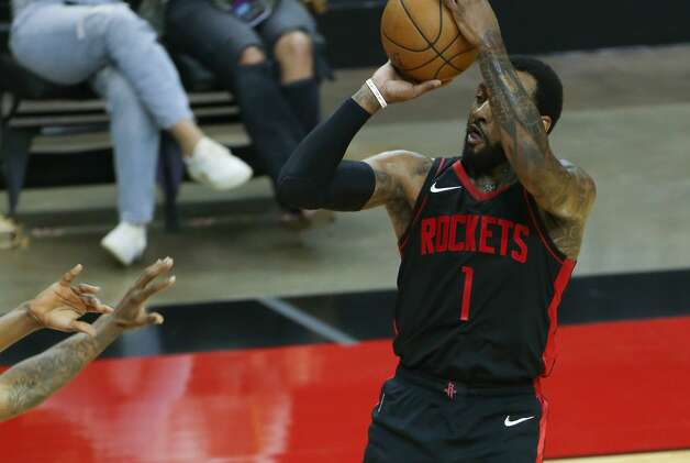 Houston Rockets guard John Wall (1) pulls up for a jump shot against LA Clippers in the second half at the Toyota Center in Houston on Friday, April 23, 2021. Photo: Elizabeth Conley/Staff Photographer / © 2021 Houston Chronicle