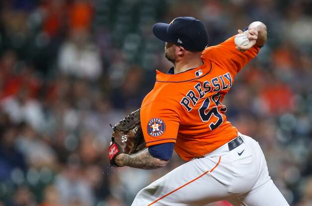 Houston Astros relief pitcher Ryan Pressly (55) throws against the Los Angeles Angels during the ninth inning of an MLB game at Minute Maid Park on Friday, April 23, 2021, in Houston. Photo: Godofredo A Vásquez/Staff Photographer / © 2021 Houston Chronicle