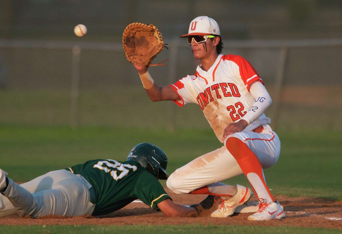 Albert Gonzalez and the United Longhorns defeated the Nixon Mustangs in five innings Friday to secure a playoff spot in District 30-6A.