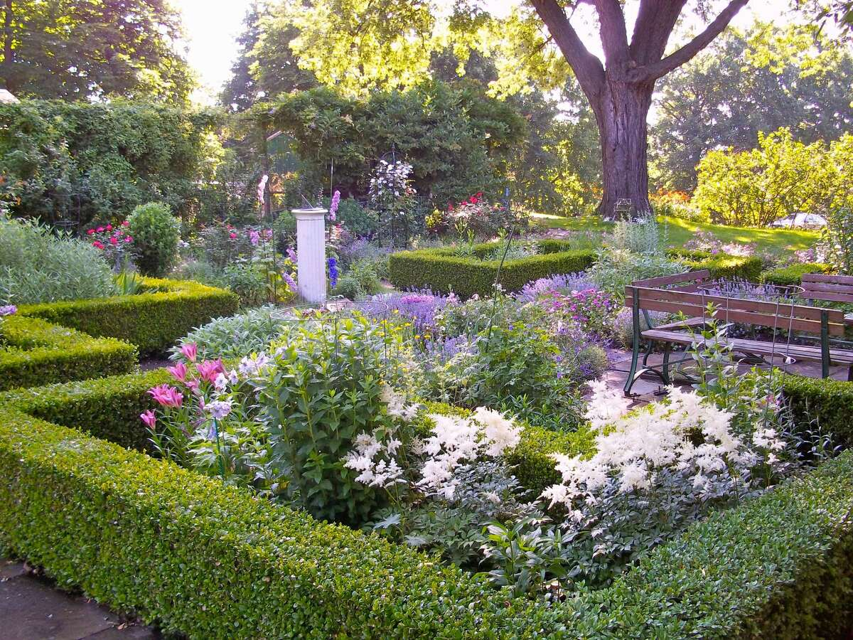 Ten Broeck Gardens. An upcoming virtual program will explore the role of African Americans in 18th century landscapes.