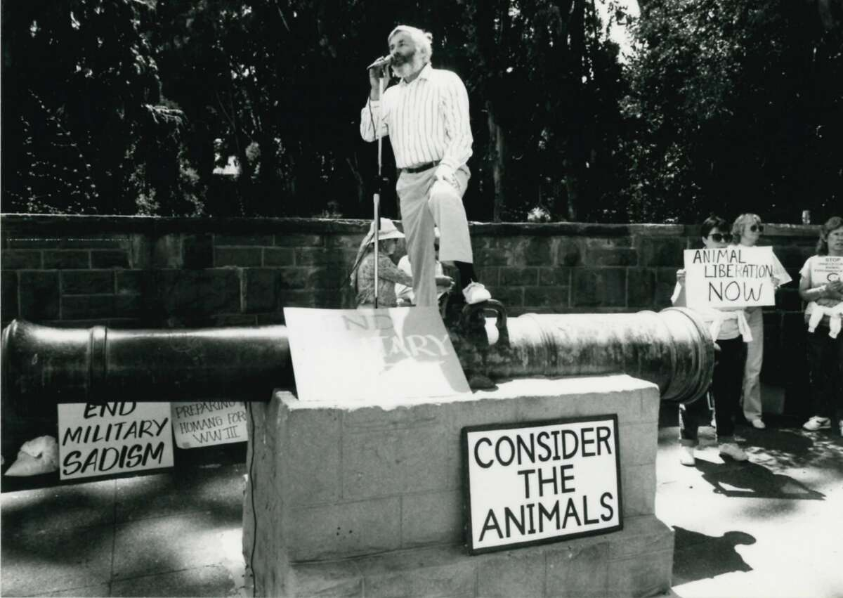 North Bay animal rights activist Elliot Katz was a formidable defender of the animals he loved as saw as co-equals.