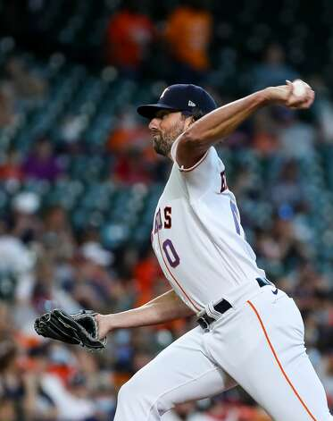 Houston Astros relief pitcher Kent Emanuel (0) throws against the Los Angeles Angelsduring the first inning of an MLB game at Minute Maid Park on Saturday, April 24, 2021, in Houston. Emanuel made his MLB debut. Photo: Godofredo A Vásquez/Staff Photographer / © 2021 Houston Chronicle