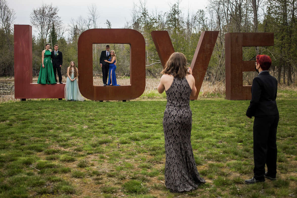 Meridian Early College High School students enjoy their prom Saturday, April 24, 2021 at the Tobacco Ranch Event Venue in Clare. (Katy Kildee/kkildee@mdn.net)