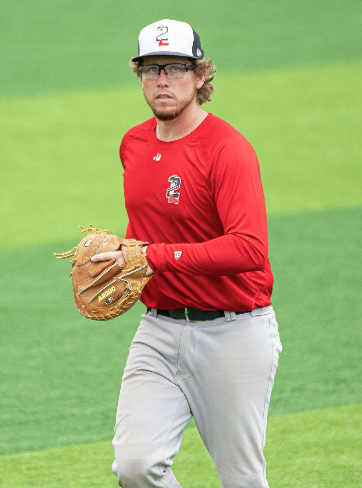 Tecolotes Dos Laredos catcher Garrett Ouellette likes to use the one-knee-down stance from time to time.
